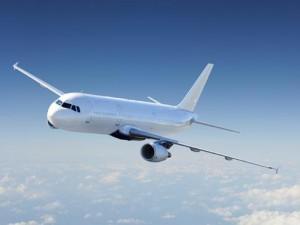 Turbulencija: kiek daug nukrenta lėktuvai?